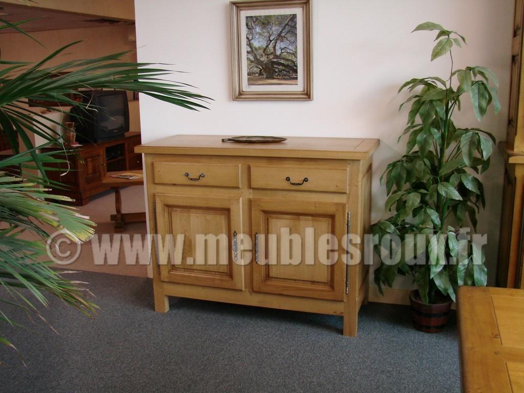 buffet campagnard ch ne 4 portes. Black Bedroom Furniture Sets. Home Design Ideas